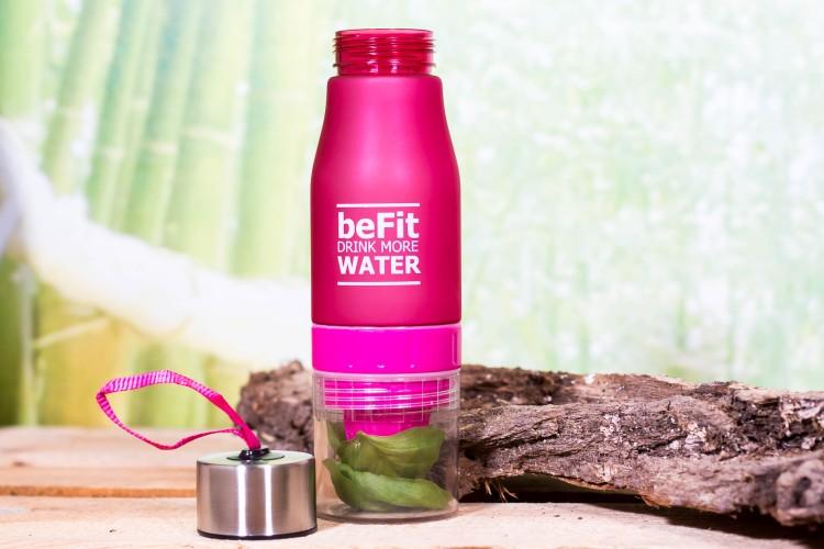 Trinkflasche mit Zitronenpresse & Fruchtbehälter 650ml Pink