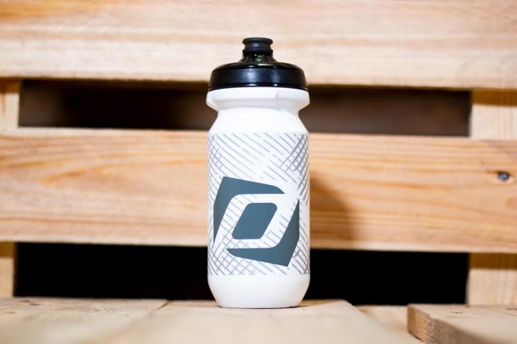 Scott Corporate G4 Trinkflasche weiß 0,6 Liter